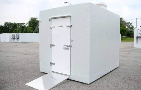 Outdoor-Walk-In-Coolers